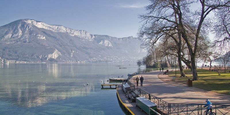 Week end annecy la venise des alpes 52 weekends for Bureau plus annecy