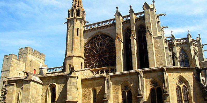 Escapade m di vale carcassonne 52 weekends for Porte et fenetre verdun st basile