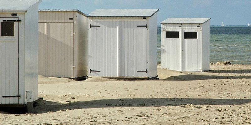 cabine de plage occasion nieuwpoort. Black Bedroom Furniture Sets. Home Design Ideas