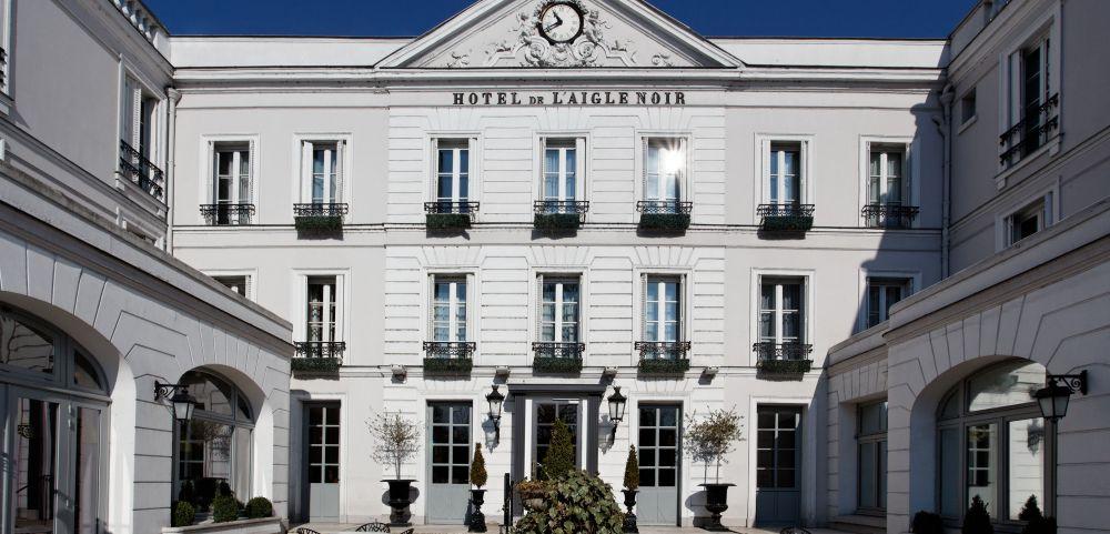 Qualité, luxe et histoire, Aigle Noir Fontainebleau