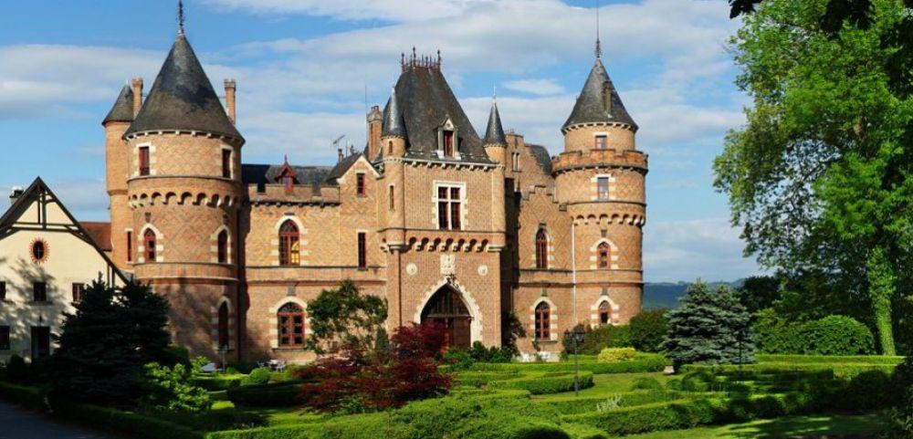 Intimité, convivialité et discretion, Château de Maulmont